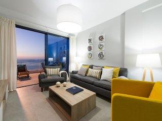 3 bedrooms Seafront in Las Canteras with garage - Las Palmas de Gran Canaria vacation rentals