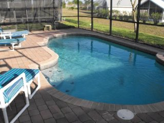4 Bedroom 3 Bath Pool Home in Highgrove. 16728LBL - Four Corners vacation rentals