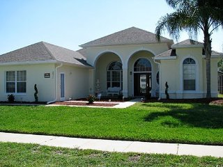 Formosa Gardens 6 Bedroom Pool Home Just Minutes from Disney. 2811SSC - Four Corners vacation rentals
