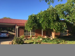 4 bedroom House with A/C in Rutherglen - Rutherglen vacation rentals