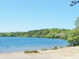 This Harwich Vacation home Offers Spacious Rooms and Views of Seymour Pond! - Harwich vacation rentals