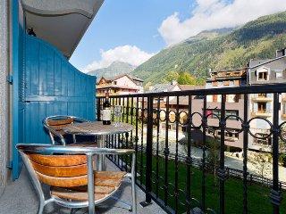 Nice Condo with Internet Access and Washing Machine - Chamonix vacation rentals