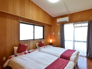 Great View Family Apartment, Beach&Resto, Yomitan - Yomitan-son vacation rentals