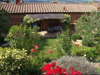 Comfortable 2 bedroom Pancole Farmhouse Barn with Internet Access - Pancole vacation rentals