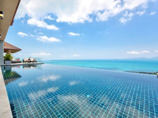 THE PEAK SAMUI - INCREDIBLE VIEWS - Chaweng vacation rentals