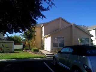 Very Clean Studio 10 miles from Disney - Davenport vacation rentals