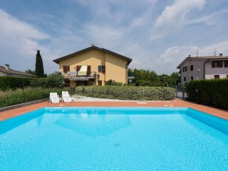 Residence with swimming pool -6 sleeps - Castelnuovo del Garda vacation rentals