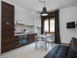 Residence Ortaglia- Apartment Tipo B2 - Torri del Benaco vacation rentals