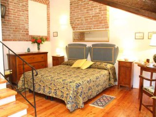 Comfortable bedroom in a farmhouse near to Venice - San Martino di Venezze vacation rentals