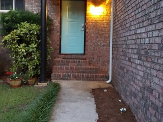 Beautiful, cozy, centrally located home - Charleston vacation rentals