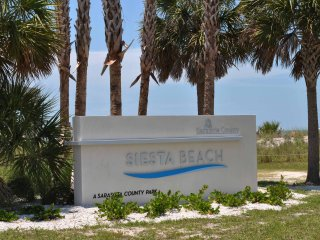 Siesta Beach with gorgeous sunsets in Siesta Key - Sarasota vacation rentals