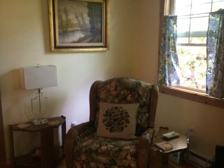 Enchanted Cottage Near the Lake - Fairview vacation rentals