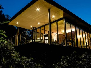 Glass on Glasshouse Luxury Cottages - Glass House Mountains vacation rentals