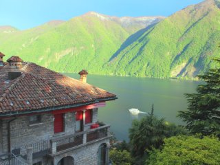 Barony for 8  persons near lake, airconditioning, shared pool - Lugano vacation rentals