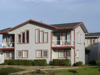 Cozy 3 bedroom Bandon House with Internet Access - Bandon vacation rentals