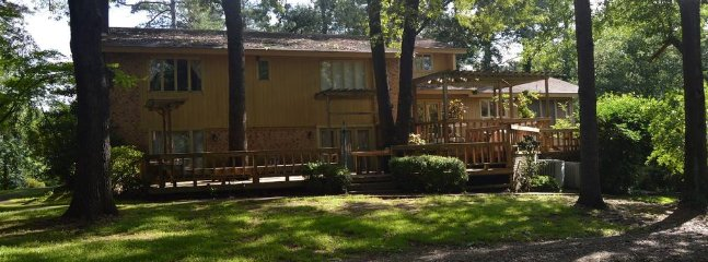 Hilltop Lodge (sleeps 20) No Pets - Broken Bow vacation rentals
