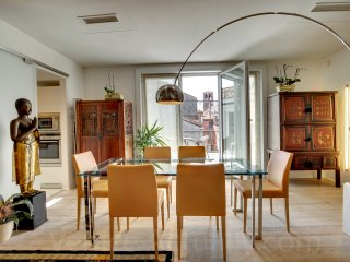 CHARMING RIALTO VENETIAN PENTHOUSE - Venice vacation rentals