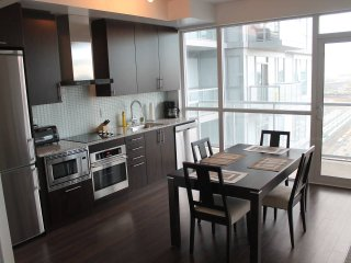 Downtown Pied-a-Terre, Close to All - Toronto vacation rentals