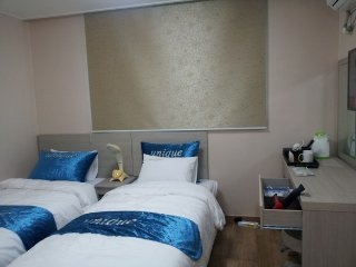 Near subway station and universities - Hotel Unique - Muju-gun vacation rentals