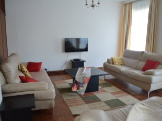 3 bedroom Apartment with Long Term Rentals Allowed (over 1 Month) in Harare - Harare vacation rentals