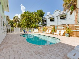 Manatee,Key West Style at Fort Myers Beach Inn - Fort Myers Beach vacation rentals