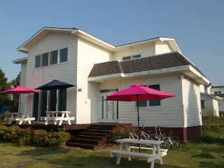 Dormitory Room B for 4 - Olle Guest House - Seogwipo vacation rentals