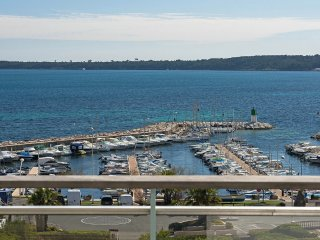 # Penthouse vue panoramique mer - Cannes vacation rentals