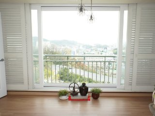 Room #1 in an apartment with the best view in Yeosu - Jeollanam-do vacation rentals