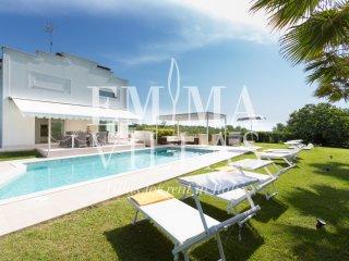 Bright 4 bedroom Villa in Rimini - Rimini vacation rentals