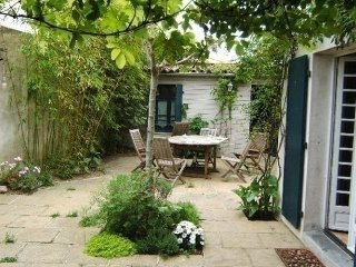 Nice House with Television and Central Heating - Saint-Martin-de-Re vacation rentals