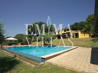 Beautiful 4 bedroom Rimini Villa with A/C - Rimini vacation rentals