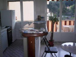 DEUX PIECES AMERICAIN - Menton vacation rentals