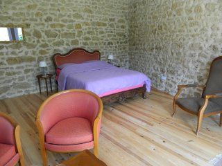 Nice 1 bedroom Bed and Breakfast in Pauillac - Pauillac vacation rentals