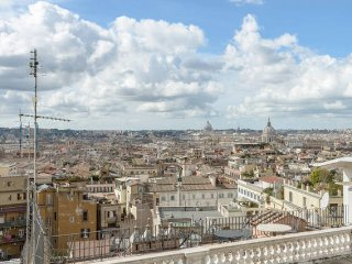 PRINCE'S SUITE SISTINA 1 BEDROOM - Rome vacation rentals