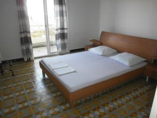 Nice Condo with Internet Access and A/C - Saint-Joseph vacation rentals