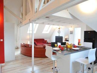 3 CREATIV APPART proche VERSAILLES 6-8 Personnes - Saint Cyr l'Ecole vacation rentals