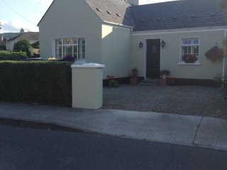 Bright comfortable room in attic of cottage - Dundrum vacation rentals