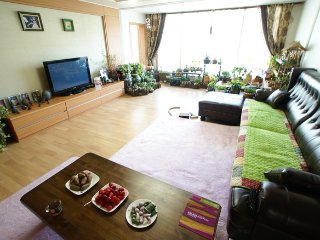Room neat and clean apartment - 1 - Suncheon vacation rentals