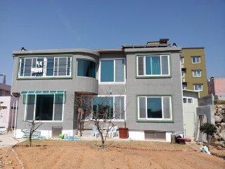 Romantic 1 bedroom House in Yeosu - Yeosu vacation rentals