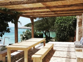 Beautiful 2 bedroom House in Vis - Vis vacation rentals