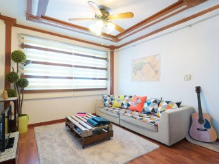 Family Yong's House(2BR)3min from metro - Muju-gun vacation rentals