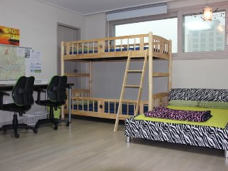15 minutes by car from Incheon International Airport apartments ₩ 40000 - Incheon vacation rentals