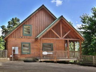Heavenly View is a one bedroom cabin with fireplace and bedside Jacuzzi. - Pigeon Forge vacation rentals