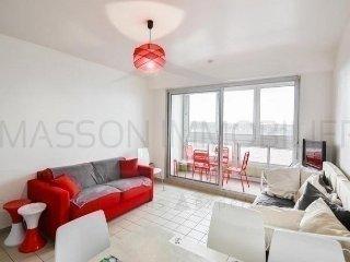 Nice 1 bedroom Saint Gilles Croix de Vie Apartment with Television - Saint Gilles Croix de Vie vacation rentals