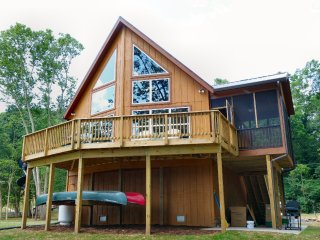 Green Castle cabin on the Shenandoah River - Luray vacation rentals