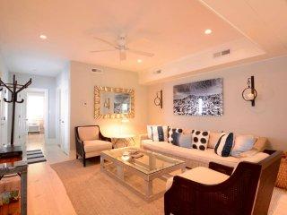 Casa Blanca (Historic Downtown) - Charleston vacation rentals