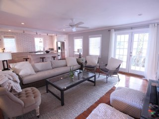 Poseidon (Prime Historic Downtown) - Charleston vacation rentals