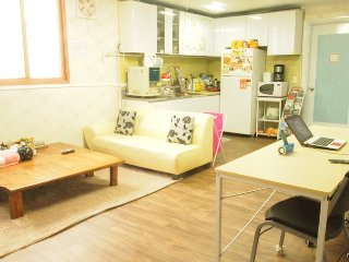 4rooms. 2toilets. Entire house. - Bucheon vacation rentals