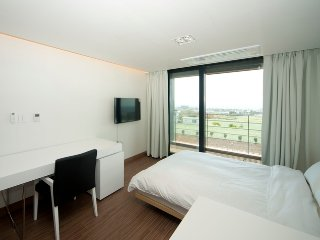 2 bedroom House with Internet Access in Jeju City - Jeju City vacation rentals