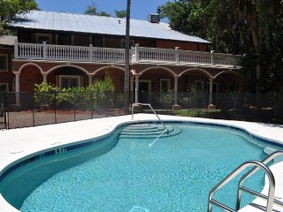 Pool Side Veranda,on 3 Lush Acres with River Acces - Homosassa vacation rentals
